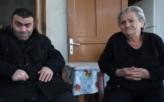 A blind Lebanese family living in a bad situation