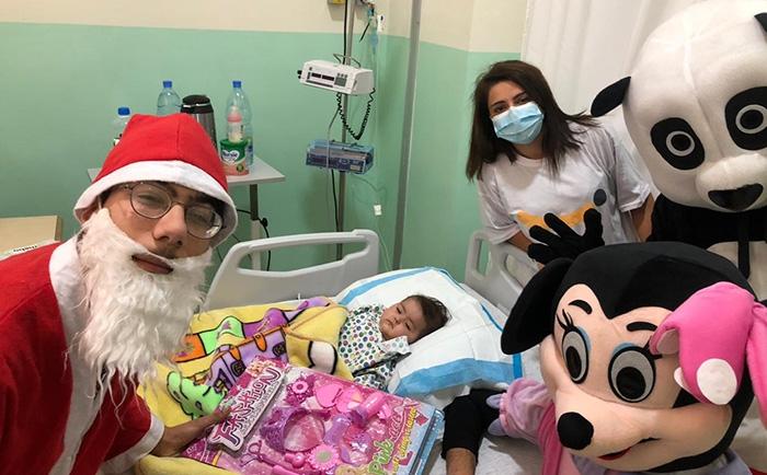 جمعية بنين وزعت الهدايا على الأطفال بمستشفى الكرنتينا.  شكر كبير للسيدة زينة لي حبت تتبرع بكل الهدايا للأطفال
